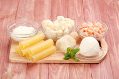 cynamonowa kulinarna mąkę składników jaja orzechów przyprawy waniliowe cukru Obrazy Stock