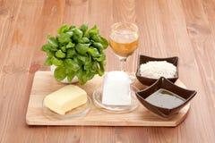 cynamonowa kulinarna mąkę składników jaja orzechów przyprawy waniliowe cukru Zdjęcia Stock
