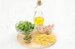 cynamonowa kulinarna mąkę składników jaja orzechów przyprawy waniliowe cukru Fotografia Stock