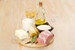 cynamonowa kulinarna mąkę składników jaja orzechów przyprawy waniliowe cukru Obrazy Royalty Free
