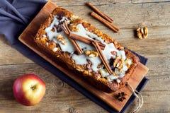 Cynamonowy jabłczany tort Obrazy Royalty Free