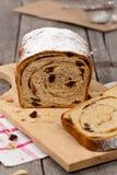 Cynamonowy rodzynka chleb Obrazy Stock
