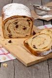 Cynamonowy rodzynka chleb Fotografia Stock