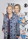 Cynthia Nixon y Jane Greenwood Imágenes de archivo libres de regalías