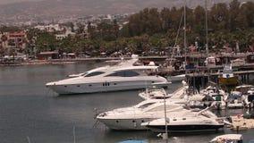 Cypr, Grecja, przyjemności łodzie, i łodzie rybackie w schronieniu, łodzie rybackie blisko mola, łódkowaty parking, A liczba zbiory