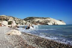 cyprus för fartygkustlinje crystal få människor mycket vatten Arkivfoto