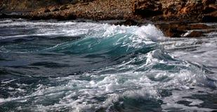 cyprus medelhavs- havswaves Arkivbilder