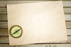 Cyrklowy i stary papier zdjęcie royalty free