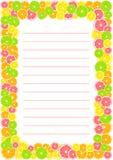 Cytrus rama, granica z przestrzenią z liniami dla teksta Lato druk komponujący żółta cytryna, zielony wapno, różowy pomarańczowy  Zdjęcie Stock