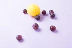 Cytryna i winogrono Zdjęcie Stock