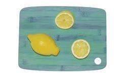 Cytryna na ciapanie desce Obraz Stock
