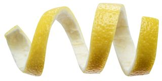 Cytryny łupy lub cytryny skręt na białym tle Ścinek ścieżka obrazy royalty free