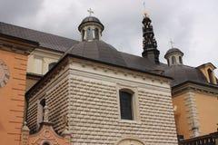 CzÄ™stochowa Polska - sanktuarium przy Jasna GÃ ³ akademiami królewskimi zdjęcia royalty free