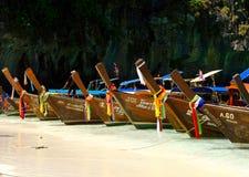 Czółna na wyspy Koh Phi Phi Zdjęcia Royalty Free