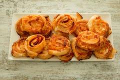 Cząberów ptysiowych ciast spirala kształtująca obrazy stock