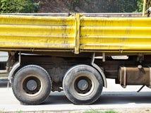 Część ciężarówka przy budową drogi Zdjęcia Royalty Free