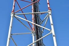 Część mikrofali wierza telefon komórkowy donosicielki stacja i Fotografia Stock