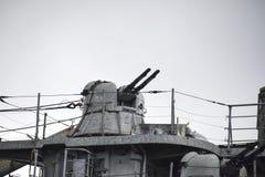 Część pokład okręt wojenny urządzenia łącznościowe Gu i pokład Zdjęcia Stock
