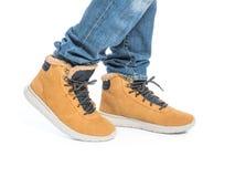 Część samiec nogi w zima butach Zdjęcia Stock