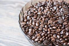 Część Wypełniająca Kawową fasolą Szklany puchar Obraz Stock