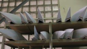Części samolotu kadłub w zgromadzenie sklepie zdjęcie wideo