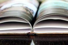 Częściowy widok fotografii książka Zdjęcia Stock