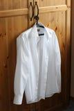 człowiek jest biała koszula Zdjęcia Royalty Free