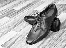 człowiek jest skórzane buty Fotografia Royalty Free