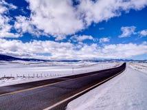 Czarna Asfaltowa droga Rozciąga w odległość Obraz Royalty Free