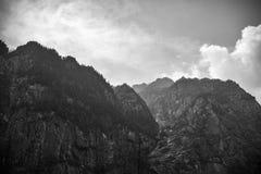 Czarna & Biała góra Obrazy Stock