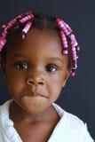 czarna dziewczyna nieśmiała Zdjęcia Royalty Free