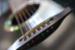 Czarna gitara akustyczna Obraz Stock
