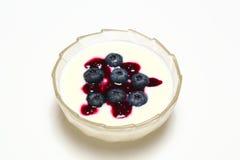 czarna jagoda jogurt Obrazy Royalty Free