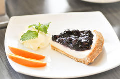 Czarna jagoda serowy kulebiak, czarnej jagody cheesecake Obrazy Royalty Free