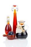 Czarna jagoda syrop w szklanej butelce lub miksturze, Zdjęcie Stock