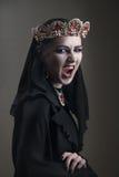 Czarna królowa w koronie rubiny, wrzask Zdjęcia Royalty Free
