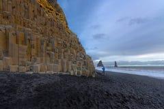 Czarna piasek plaża Reynisfjara Zdjęcia Stock