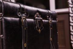 Czarna rocznik walizki skóry tekstura Zdjęcie Stock