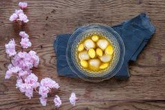 Czarna Sezamowa klucha w Imbirowych Herbacianych przepisach zdjęcia royalty free