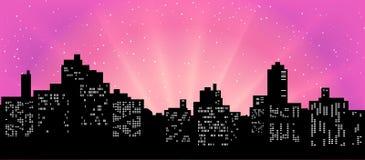 Czarna sylwetka pejzaż miejski przeciw tłu różowy niebo