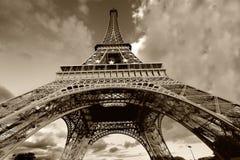 czarna wieża eiffel ' a white Fotografia Royalty Free