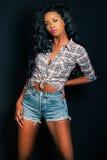 Czarna wzorcowa kobieta, amerykanin afrykańskiego pochodzenia mody kobieta Zdjęcie Stock