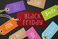 Czarne etykietki z różnymi odsetkami i Piątek Zdjęcie Stock