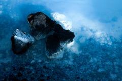 Zdrowie zdroju krzemionka na skale w sławnej Błękitnej lagunie Zdjęcia Royalty Free