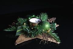 czarne tła Świąt śliwek dekoracja zawierać drogę Świeczka Obraz Stock