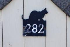 Czarnego kota 282 Numerowa plakieta Zdjęcia Stock
