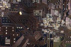 Czarnego narzędzia elektronicznego obwodu abstrakcjonistyczny deskowy komputer Obraz Royalty Free