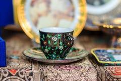Czarnego rocznika porcelany Thai stylowy teacup, filiżanka handmade Obraz Stock
