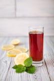 Czarnej herbaty cytryna Zdjęcia Stock