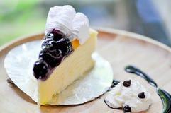 Czarnej jagody cheesecake Fotografia Royalty Free